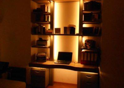 MONTAN Schreibtischregal